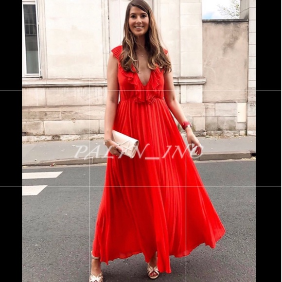 Zara Dresses & Skirts - ❤️❤️ZARA PLEATED DRESS RED